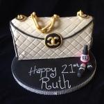 chanel-handbag-cake