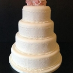wedding_cake_with_roses